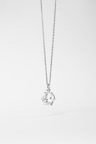 Ожерелье с топазом